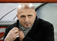 Calcio, ottavi di finale di Tim Cup: Roma vs Sampdoria. Roma, stadio Olimpico, 19 gennaio 2017.<br /> Roma's coach Luciano Spalletti waits for the start of the Italian Cup round of 16 football match between Roma and Sampdoria at Rome's Olympic stadium, 19 January 2017.<br /> UPDATE IMAGES PRESS/Isabella Bonotto