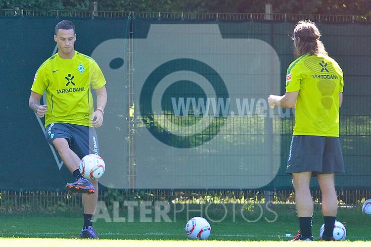 07.07.2010, Platz 5, Bremen, GER, Training Werder Bremen 1. FBL im Bild Marko Arnautovic ( Werder #07) Torsten Frings ( Werder  #22 )    Foto © nph / Kokenge