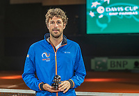 The Hague, The Netherlands, September 16, 2017,  Sportcampus , Davis Cup Netherlands - Chech Republic, Robin Haase (NED) recieves ITF award.<br /> Photo: Tennisimages/Henk Koster