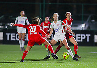 Constance Brackman (20 Standard), Sari Kees (2 OHL)  and Charlotte Cranshoff (18 Standard) in action during a female soccer game between Oud Heverlee Leuven and Standard Femina De Liege on the 10th matchday of the 2020 - 2021 season of Belgian Womens Super League , sunday 20 th of December 2020  in Heverlee , Belgium . PHOTO SPORTPIX.BE   SPP   SEVIL OKTEM