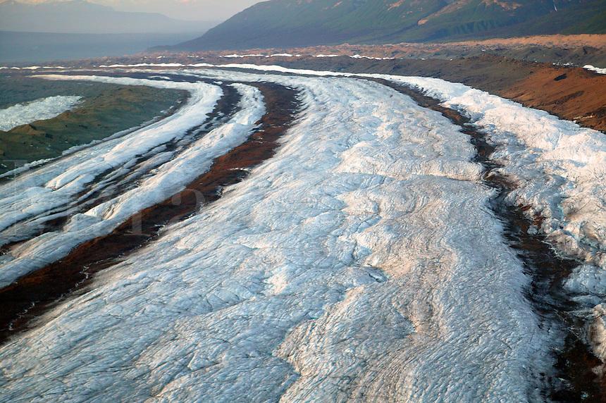 Medial moraine patterns on the Kennicott Glacier, Wrangell-St. Elias National Park and Preserve, Alaska