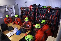 ITALIA Torino  Miniere di talco Val Chisone ITALIE Turin Mines de talc de la Val Chisone Groupe de mineurs Gruppo di minatori Italy Turin talc mines