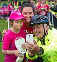 Race For Life 2016 : Callendar Park..... Emma and Niamh McGurk (9) from Grangemouth with dad/grandad Hugh Baxter