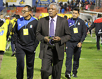 PASTO - COLOMBIA, 6-11-2017:Francisco Maturana director técnico del Once Caldas .Acción de juego entre los equipos Deportivo Pasto y Once Caldas  durante partido por la fecha 19 de la Liga Águila II 2017 jugado en el estadio La Libertad  de la ciudad de Pasto . / Francisco Maturana coach of Once Caldas.Action game between Deportivo Pasto and Once Caldas during match for the date 19 of the Aguila League II 2017 played at La Libertad  stadium in Pasto city. Photo: Vizzorimage / Leonardo Castro / Contribuidor