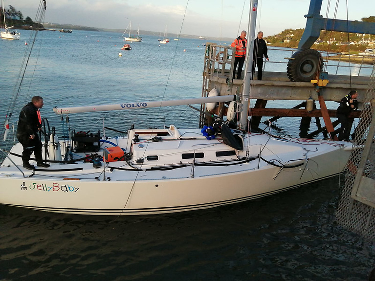 The J/109 Jelly Baby is successfully recovered and returned to Crosshaven Boatyard for haul out and damage assessment.