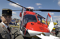 - Indian multirole helicopter HAL DHRUV ....- elicottero multiruolo HAL DHRUV indiano
