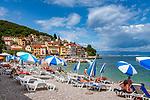 Croatia, Kvarner Gulf, Mošćenička Draga: popular resort with pebble stone beach at Kvarner Gulf | Kroatien, Kvarner Bucht, Mošćenička Draga: beliebter Badeort mit Kiesstrand in der Kvarner Bucht