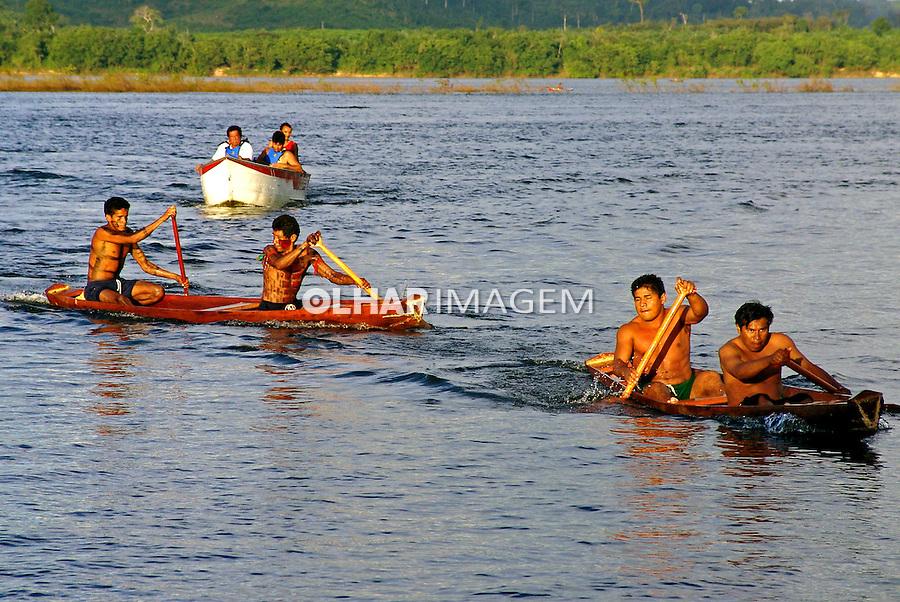 Jogos Tradicionais Indigenas do Para, Olimpiadas Indigenas. Tucurui. Para. 2004. Foto de Caio Vilela.