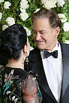 NEW YORK, NY - JUNE 11:  Phoebe Cates and Kevin Kline attend the 71st Annual Tony Awards at Radio City Music Hall on June 11, 2017 in New York City.  (Photo by Walter McBride/WireImage)