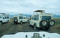 "Afrika Ostafrika Tansania Nationalpark Ngorongoro Crater , Touristen mit Landover. -  Wildlife Natur xagndaz | .East africa Tanzania Nationalpark, Ngorongoro Crater , tourist with landrover.  -  nature wildlife .| [ copyright (c) Joerg Boethling / agenda , Veroeffentlichung nur gegen Honorar und Belegexemplar an / publication only with royalties and copy to:  agenda PG   Rothestr. 66   Germany D-22765 Hamburg   ph. ++49 40 391 907 14   e-mail: boethling@agenda-fototext.de   www.agenda-fototext.de   Bank: Hamburger Sparkasse  BLZ 200 505 50  Kto. 1281 120 178   IBAN: DE96 2005 0550 1281 1201 78   BIC: ""HASPDEHH"" ,  WEITERE MOTIVE ZU DIESEM THEMA SIND VORHANDEN!! MORE PICTURES ON THIS SUBJECT AVAILABLE!! ] [#0,26,121#]"