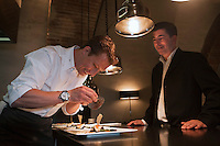 Europe/France/Midi-Pyrénées/31/Haute-Garonne/Toulouse:  Restaurant: Le L, Laurent Guillard et son chef Gérald Potron [Non destiné à un usage publicitaire - Not intended for an advertising use]