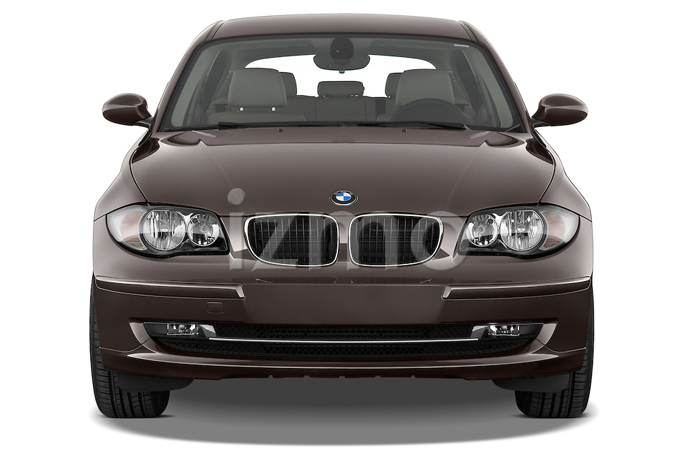 Straight front view of a 2004 - 2011 BMW 1-Series 118i 5 Door Hatchback 2WD.