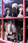 Mannequins in shop window Portobello Road, Notting Hill London w11 1999, 1990s Uk