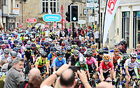 Picture by SWpix.com 16/06/2018 - Cycling - The 2018 OVO Energy Women's Tour - Stage 3: Worcestershire, England - Evesham to Worcester - Race roll out from Evesham Stage 4