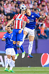Fernando Torres (l) of Atletico de Madrid battles for the ball with Yohan Benalouane of Leicester City during their 2016-17 UEFA Champions League Quarter-Finals 1st leg match between Atletico de Madrid and Leicester City at the Estadio Vicente Calderon on 12 April 2017 in Madrid, Spain. Photo by Diego Gonzalez Souto / Power Sport Images