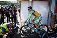 stage winner and new overall leader Primoz Roglic (SVK/Jumbo-Visma) warming down backstage ahead of the podium ceremony<br /> <br /> stage 10 (ITT): Jurançon to Pau (36.2km > in FRANCE)<br /> La Vuelta 2019<br /> <br /> ©kramon