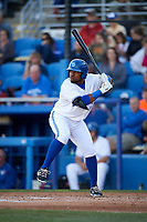 Dunedin Blue Jays designated hitter Juan Kelly (25) at bat during a game against the Clearwater Threshers on April 8, 2017 at Florida Auto Exchange Stadium in Dunedin, Florida.  Dunedin defeated Clearwater 12-6.  (Mike Janes/Four Seam Images)