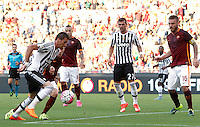 Calcio, Serie A: Roma vs Juventus. Roma, stadio Olimpico, 30 agosto 2015.<br /> Juventus' Mario Mandzukic, left, is challenged by Roma's Lucas Digne, second from left, during the Italian Serie A football match between Roma and Juventus at Rome's Olympic stadium, 30 August 2015.<br /> UPDATE IMAGES PRESS/Riccardo De Luca