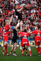 Photo: Richard Lane/Richard Lane Photography. RC Toulon v Wasps.  European Rugby Champions Cup Quarter Final. 05/04/2015. Wasps' Bradley Davies wins a lineout.