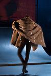 """D. QUIXOTE<br /> <br /> DIRECTION ARTISTIQUE, TEXTE ET DRAMATURGIE Andrés Marín, Laurent Berger <br /> CHORÉGRAPHIE, DIRECTION MUSICALE Andrés Marín <br /> LUMIÈRES Laurent Bénard<br /> SCÉNOGRAPHIE, COSTUMES Oria Puppo <br /> VIDÉO Sven Kreter<br /> SON Kike Seco<br /> RÉGIE PLATEAU Raphael Lauro<br /> ILLUSTRATION Gaspar El Pinturillas<br /> DESSINS DE BD Gaspar """"El Pinturillas""""<br /> MUSIQUE ÉLECTRO Nacho Jaula, Daniel Suarez<br /> COMPOSITION, ADAPTATION ET ARRANGEMENT DE TEXTES Laurent Berger<br /> AVEC Patricia Guerrero, Abel Harana, Andrés Marín, (DANSE), Daniel Súarez (BATTERIE, PERCUSSIONS), Rosario La Tremendita (CHANT, BASSE), Sancho ALMENDRAL (VIOLONCELLE), Jorge Rubiales (THÉORBE, GUITARE ÉLECTRIQUE)<br /> Date : 05/11/2017<br /> Cadre : 3eme biennale d'art flamenco<br /> Lieu : Théâtre National de Danse de Chaillot - Salle Jean Vilar<br /> Ville : Paris"""