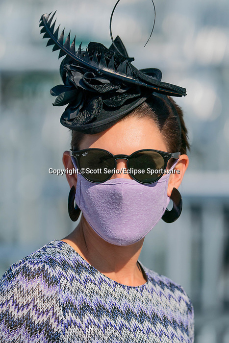 November 6, 2020: An attendee wears a race day hat in the grandstands at Keeneland Racetrack in Lexington, Kentucky, on Friday, November 6, 2020. Scott Serio/Eclipse Sportswire/Breeders Cup/CSM