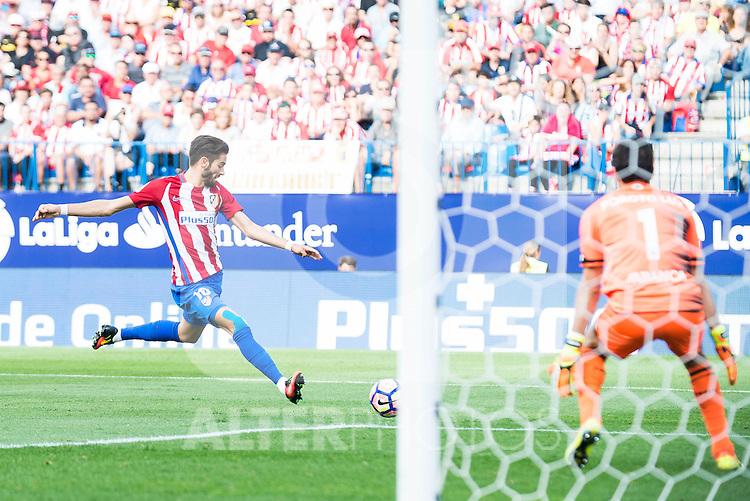 Atletico de Madrid's player Yannick Carrasco and Deportivo de la Coruña's player Poroto Lux during a match of La Liga Santander at Vicente Calderon Stadium in Madrid. September 25, Spain. 2016. (ALTERPHOTOS/BorjaB.Hojas)