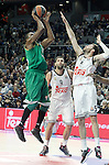 Real Madrid's Rudy Fernandez (r) and Panathinaikos Athens' DeMarcus Nelson during Euroleague match.January 22,2015. (ALTERPHOTOS/Acero)