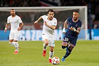 28th September 2021, Parc des Princes, Paris, France: Champions league football, Paris-Saint-Germain versus Manchester City:  Bernardo Silva (Manchester City) breaks from Neymar (PSG)