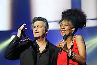 Phil Barney et Joniece Jamison lors de la tournÈe 'Stars 80, 10 ans dÈj‡ !' au Palais Nikaia ‡ Nice, le samedi 18 mars 2017. # TOURNEE 'STARS 80 - 10 ANS DEJA !' A NICE