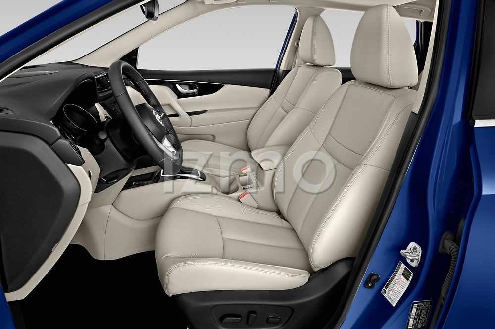 Front seat view of a 2019 Nissan Rogue Sport SL 5 Door SUV front seat car photos