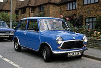 Car: Mini-Cooper, 3/4 view. Photo '94.