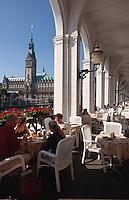 Deutschland, Rathaus in Hamburg, Alsterarkaden
