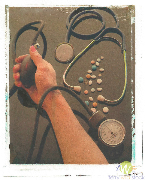 Gum bichromate illustration expressing blood pressure and medication control with drugs. 1/1