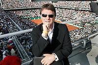 4-6-06,France, Paris, Tennis , Roland Garros, Etienne de Villiers Executive Chairman and President of the ATP