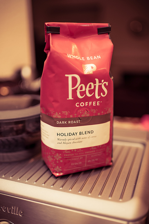 """For today's photo entry, we've discovered this """"Holiday Blend"""" from Peet's coffee whole bean. It's so good with freshly grind espresso; we ended up buying two more bags before they disappear. It really is """"…warmly spiced with notes of citrus & Mayan chocolate."""" (disclaimer: I wish I'm being sponsored by Peet's Coffee for posting this)"""