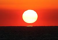 MIAMI - FLORIDA - USA -11-03-2013 . Atardecer en la costa de Miami , Florida ,   USA . Sunset on the coast of Miami, Florida, USA.( Photo / VizzorImage / Felipe Caicedo / Staff).