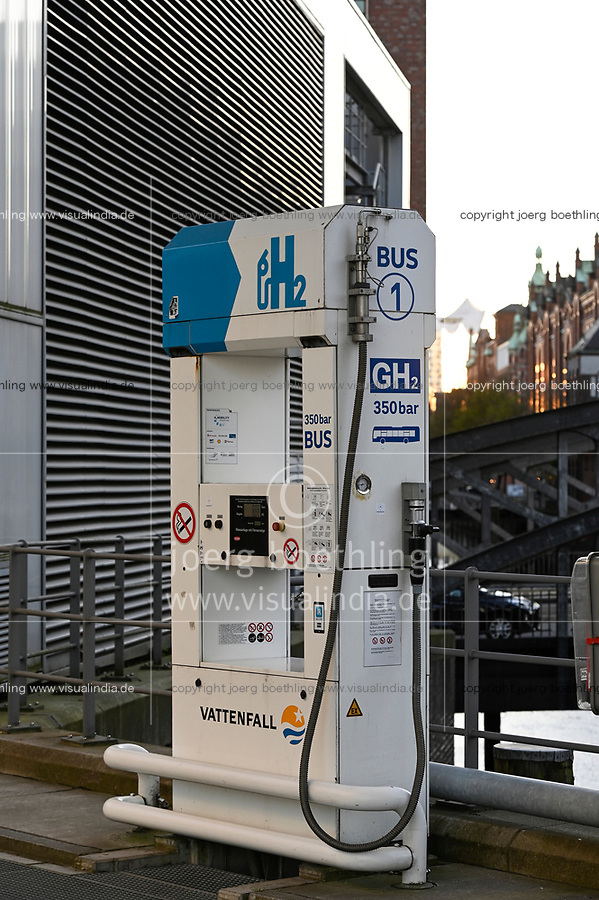 GERMANY, Hamburg, Hydrogene service station for fuel cell vehicle, Vattenfall, Hafencity