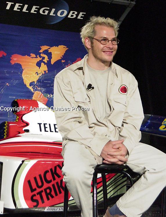 Jacques Villeneuve lors de la conference de presse de l'equipe BAR, <br /> le 9 Juin 1999<br /> <br /> <br /> June 9 1999 file Photo - Montreal, Quebec, CANADA - Formula One driver Jacques Villeneuve speak at the news conference  for BAR team<br /> <br /> PHOTO : Agence Quebec Presse <br /> <br /> NOTE :  Digital Camera Image