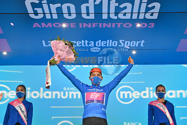 Jonathan Caicedo (ECU) EF Pro Cycling wins Stage 3 and takes over the mountains Maglia Azzurra of the 103rd edition of the Giro d'Italia 2020 running 150km from Enna to Etna (Linguaglossa-Piano Provenzana), Sicily, Italy. 5th October 2020.  <br /> Picture: LaPresse/Massimo Paolone | Cyclefile<br /> <br /> All photos usage must carry mandatory copyright credit (© Cyclefile | LaPresse/Massimo Paolone)