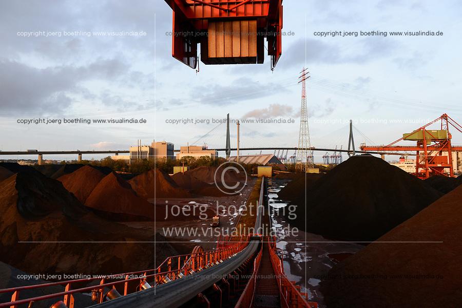 Germany, Hamburg, Hansaport import of coal and ore, DEUTSCHLAND, Hamburg, Hansaport, Import von Kohle und Erz, Lagerung und Weitertransport zu Kraftwerken und Stahlwerken