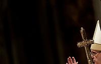 Papa Francesco benedice la solennita' di San Giuseppe e l'Ordinazione Episcopale nella Basilica di San Pietro in Vaticano, 19 marzo 2018.<br /> Pope Francis blesses during the Episcopal Ordination in Saint Peter's Basilica at the Vatican on March 19, 2018. UPDATE IMAGES PRESS/Isabella Bonotto<br /> <br /> STRICTLY ONLY FOR EDITORIAL USE