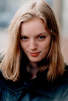 1998 FILE PHOTO - ARCHIVES -<br /> <br /> Sarah Polley<br /> <br /> <br /> <br /> Stuparyk, Michael<br /> Picture, 1998,<br /> <br /> PHOTO :  Mike Slaughter  - Toronto Star Archives - AQP