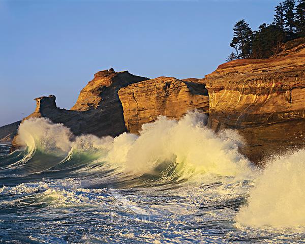 Waves, Cape Kiwanda, Oregon Coast.
