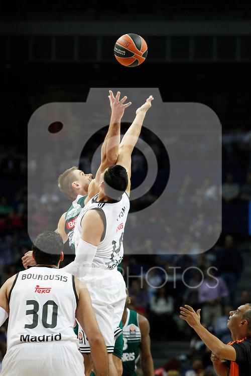 Basketball Real Madrid´s  and Zalgiris Kaunas´s  during Euroleague basketball match in Madrid, Spain. October 17, 2014. (ALTERPHOTOS/Victor Blanco)