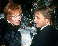 Shirley MacLaine Mikhail Baryshnikov 1986<br /> Photo By John Barrett/PHOTOlink
