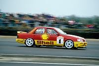 Round 1 of the 1991 British Touring Car Championship. #1 Robb Gravett (GBR). Trakstar Motorsport. Ford Sierra Sapphire.