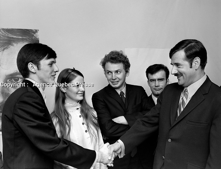 Le Ministre de l'Union nationale, Jean-Guy Cardinal,  23 juillet 1969. Avec possiblement Bernard lamarre<br /> <br /> Photo : Photo Moderne -  © Agence Quebec Presse