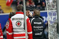 Sotirios Kyrgiakos (Eintracht) wird behandelt<br /> Eintracht Frankfurt vs. VfL Bochum, Commerzbank Arena<br /> *** Local Caption *** Foto ist honorarpflichtig! zzgl. gesetzl. MwSt. Auf Anfrage in hoeherer Qualitaet/Aufloesung. Belegexemplar an: Marc Schueler, Am Ziegelfalltor 4, 64625 Bensheim, Tel. +49 (0) 6251 86 96 134, www.gameday-mediaservices.de. Email: marc.schueler@gameday-mediaservices.de, Bankverbindung: Volksbank Bergstrasse, Kto.: 151297, BLZ: 50960101
