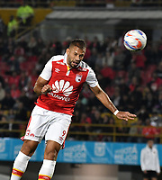 BOGOTA - COLOMBIA - 26 - 01 - 2018: Brayan Fernandez, jugador de Independiente Santa Fe, en acción, durante partido entre Independiente Santa Fe y America de Cali, por el Torneo Fox Sports 2018, jugado en el estadio Nemesio Camacho El Campin de la ciudad de Bogota. / Brayan Fernandez, player of Independiente Santa Fe, in action, during a match between Independiente Santa Fe y America de Cali, for the Fox Sports Tournament 2018, played at the Nemesio Camacho El Campin stadium in the city of Bogota. Photo: VizzorImage / Luis Ramirez / Staff.