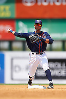 Binghamton Mets second baseman L.J. Mazzilli (7) throws to first during a game against the Richmond Flying Squirrels on June 26, 2016 at NYSEG Stadium in Binghamton, New York.  Binghamton defeated Richmond 7-2.  (Mike Janes/Four Seam Images)